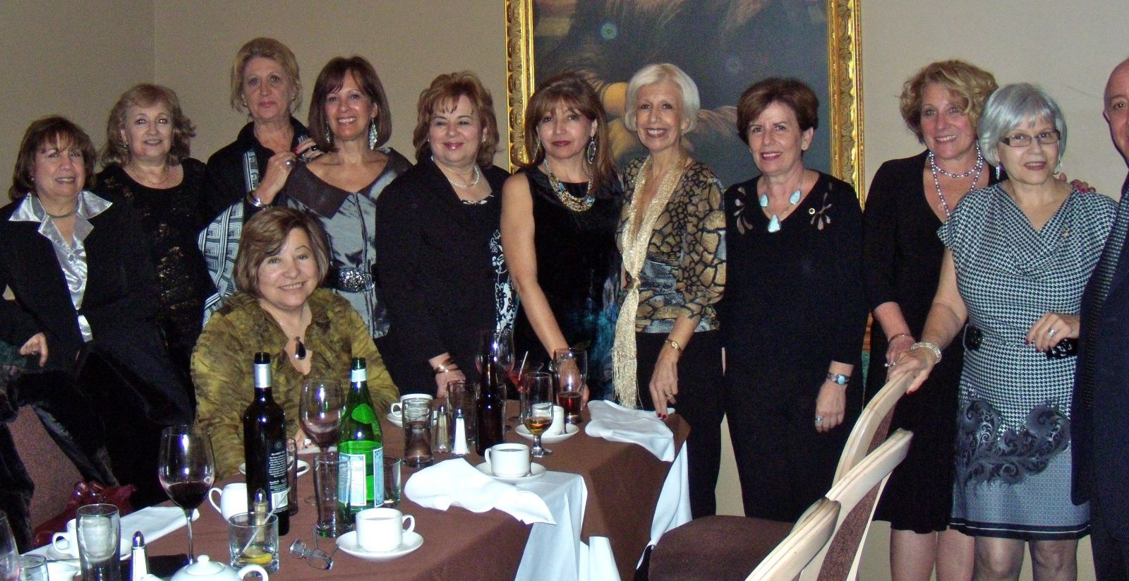 Members (Left to Right): Mary Fernández, Marta Macri, Cristina Balboa, Norah Arraya, Graciela Palmisano, Emanuela Bonafi