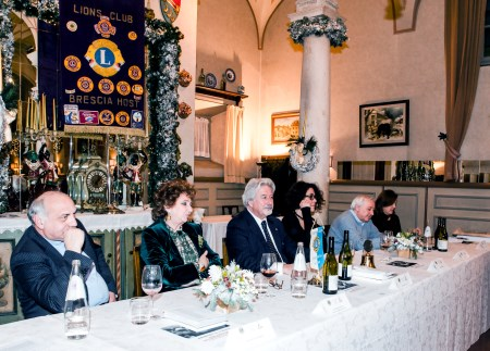 Il tavolo della preidenza durante la serata