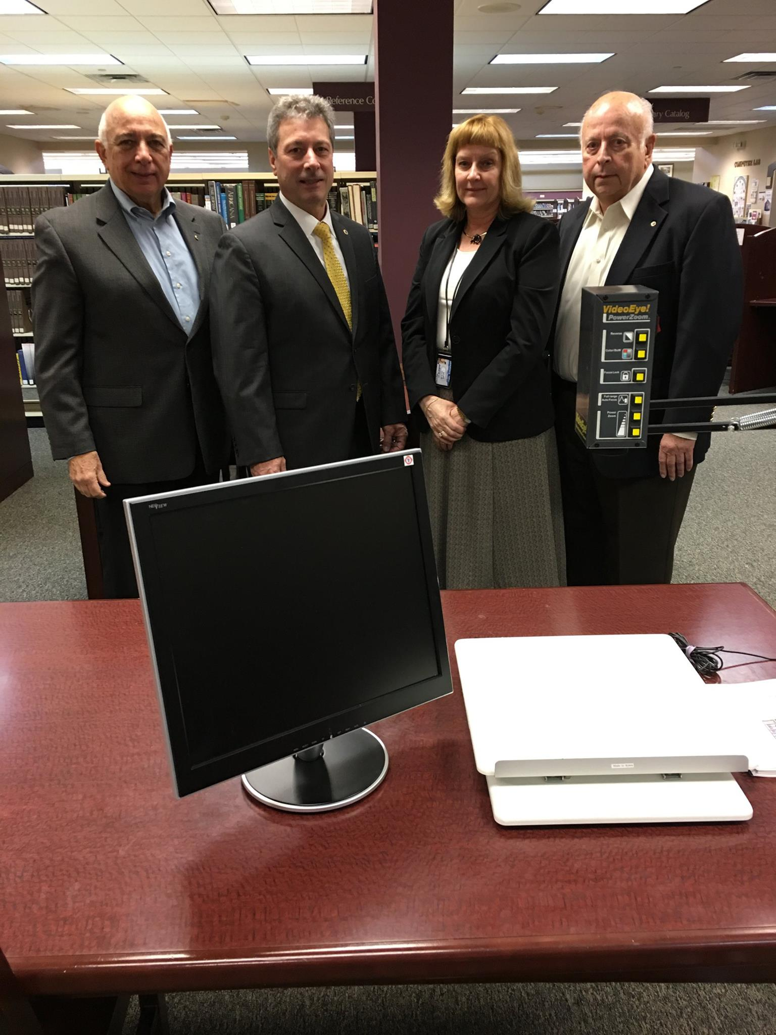 Wayne Lions Donate a VideoEye Machine to Wayne Public Library