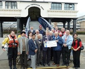 Lions members meet the RNLI