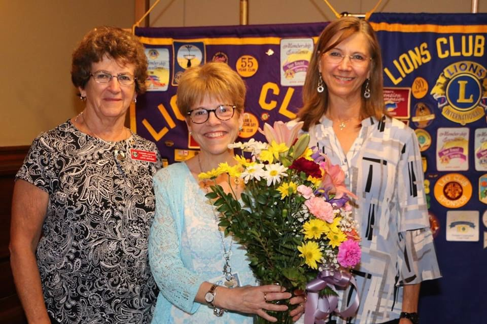 Honoring a retiring teacher
