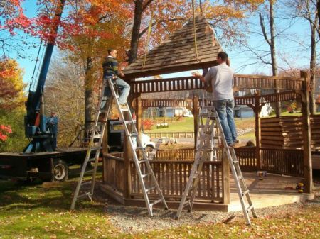 Gazebo at Echo Lake Park - under construction