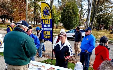 Belvidere Lions Club members giving free vision screeing to spectators and participants at the Strides For Diabetes fund raiser in December 2019.