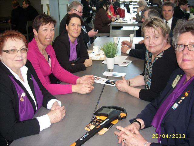 Klubin edustajat piirikokouksessa 20.4.2013