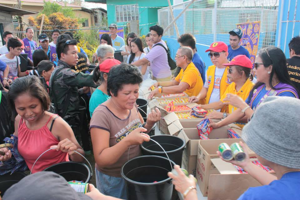 Lions hjälper drabbade på Filippinerna