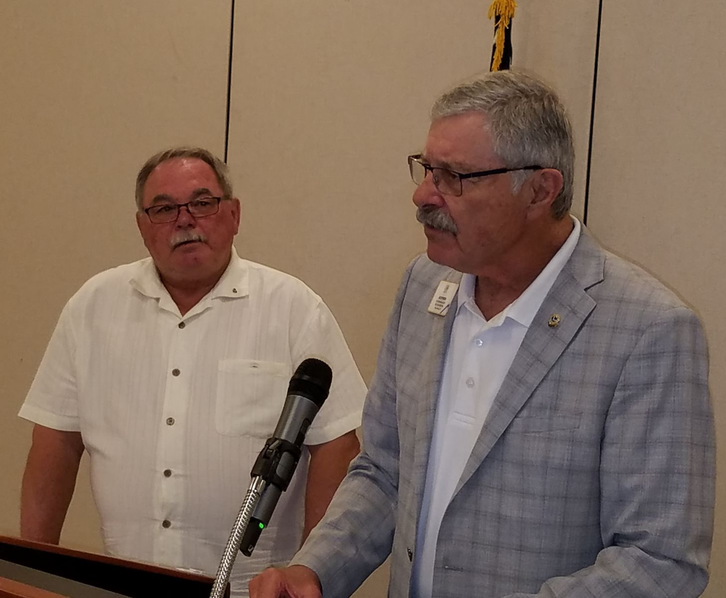 PID Jack Epperson installs Lion Phil Christopherson as the 2019-2020 Carson Citiy Host Club President.